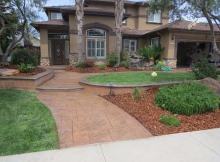 this is a picture of a project of concrete driveway installation, Roseville
