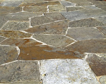 image of flagstone walkway services